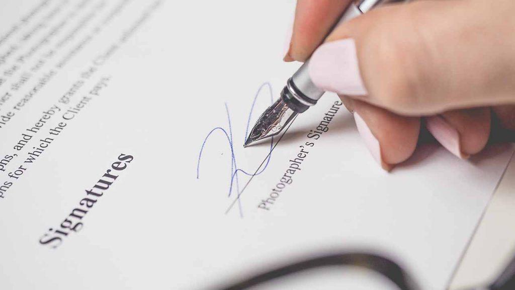 La selección adversa en los contratos de la administración pública