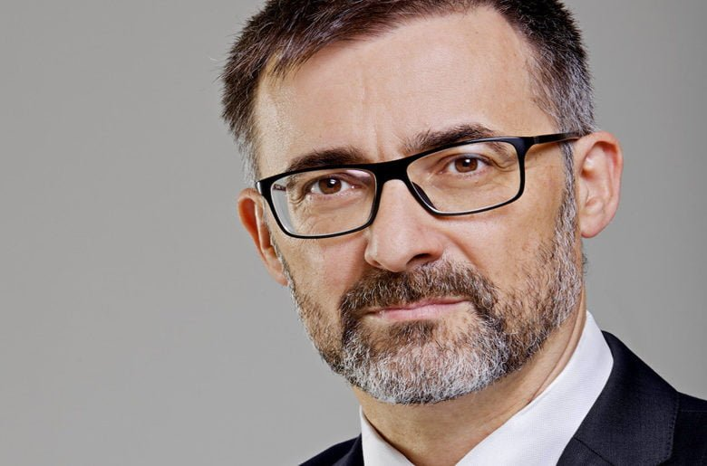 "Antoni Gutiérrez-Rubí: ""España se mira al espejo y no se gusta, no se reconoce"""