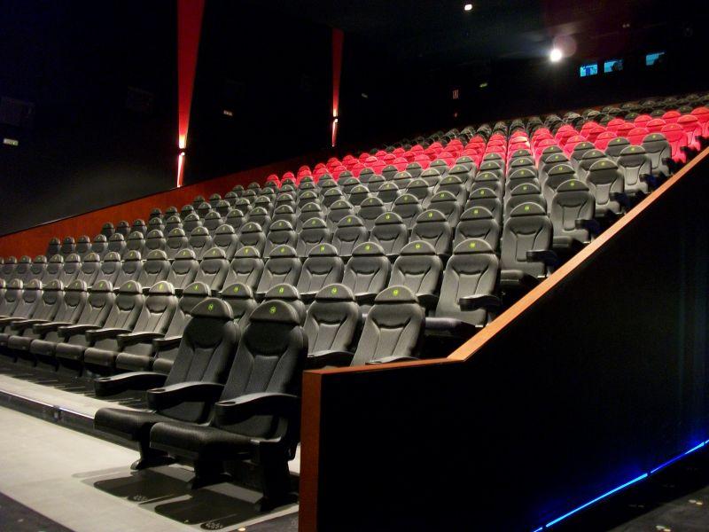 Sintetia qu queremos cine barato y cu ndo lo for Cines arenys precios