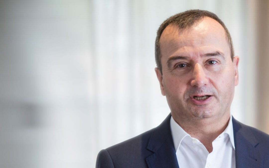 Pere Condom: «¿Qué hemos hecho tan mal en España para que nuestra Ciencia y Tecnología esté peor hoy que hace 20 años?»